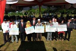 PTPN IV beri bantuan pemenuhan kebutuhan dasar masyarakat