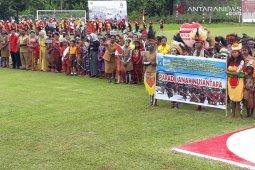 Parade Anak Nusantara meriahkan perayaan HUT RI di Teluk Wondama