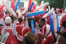 Istri Gubernur Gorontalo ajak peserta BHUN pungut sampah plastik