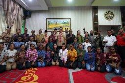 Wali Kota Jambi bersilaturahim dengan warga dan mahasiswa asal Papua