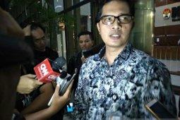 KPK panggil Khatibul Umam dan Teguh Juwarno saksi KTP Elektronik