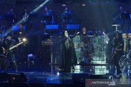 Nicky Astria buktikan masih jadi Lady Rocker, 2 jam konser masih prima