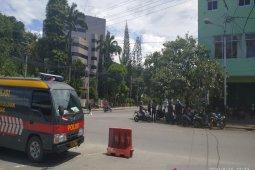 Situasi mencekam, aktivitas warga di Jayapura lumpuh