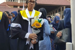2.650 wisudawan UI berhasil lulus dengan predikat Cum Laude