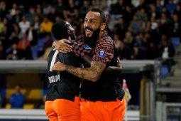 Feyenoord dan PSV menang,  AZ terjengkang