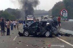 Kecelakaan maut, enam orang meninggal, sepuluh luka-luka