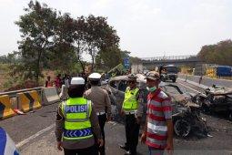 Kecelakaan beruntun Cipularang akibat dump truk overload