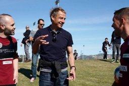Legenda Jerman, Juergen Klinsmann tolak tawaran menjadi CEO Stuttgart