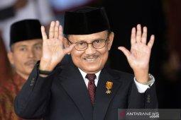 Upacara pemakaman BJ Habibie akan dipimpin presiden