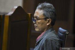 Direktur PT Krakatau Steel dituntut 2 tahun penjara