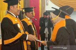 Politeknik Lhokseumawe wisuda 1.052 sarjana dan 141 orang lulus cumlaude