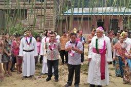 Peresmina Gereja Katolik Santo Rafael Malaikat Agung Stasi Segiam Hulu Paroki Rawak Keuskupan Sanggau