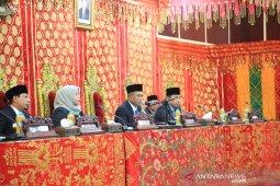 Pimpinan dewan Kota Bengkulu definitif resmi dilantik