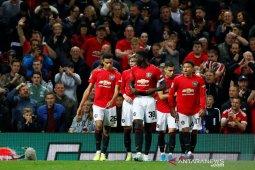 MU dan Wolverhampton lolos berkat adu penalti, West Ham tersingkir