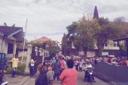 Gempa susulan magnitudo 5,6 masih terjadi di Ambon