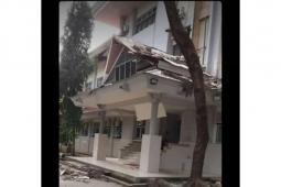 Pagi ini, gempa magnitudo 6,8 guncang Ambon sebabkan kerusakan