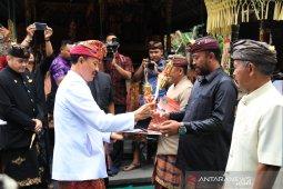 "Pemprov Bali beri ""Desa Wisata Award"" kepada desa berprestasi"