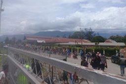 TNI AU akan menindak pemeras pengungsi Jayawijaya