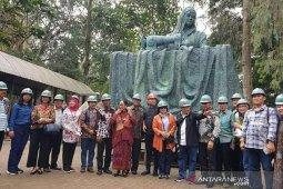Patung Fatmawati segera dipasang di Simpang Lima