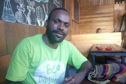 Anggota DPR Papua Barat diminta kedepankan politik membangun