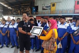 SMK Migas Cepu timba ilmu ke bengkel di Batubulan
