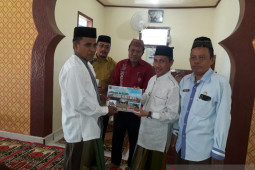 Pemkab Gorontalo beri bantuan bagi rumah ibadah