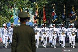 HUT Ke-74 TNI Di Surabaya