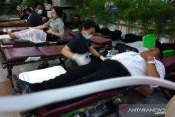 BI Bali bangkitkan kepedulian masyarakat lewat donor darah