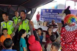 Ditlantas Polda Maluku pulihkan trauma pengungsi Waai, Ambon