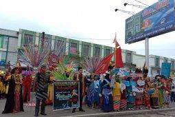 Puluhan peserta Kreatif Karnaval ikut meriahkan Hari Jadi Pontianak