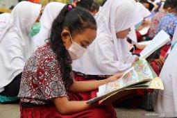 Jam masuk sekolah di Jambi mundur, akibat kualitas udara memburuk