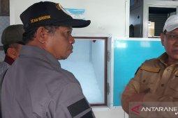 Bupati pastikan bantuan pabrik es bermanfaat bagi nelayan