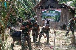 Kejar target, anggota Satgas TMMD Kodim 0103/Aceh Utara tak kenal lelah
