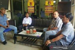 Warga laporkan Ketua BPD Desa Gudang ke polisi