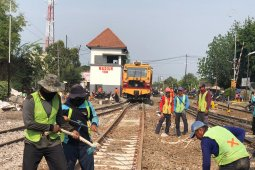 Jalur ganda kereta api lintas Madiun-Ngawi dioperasikan