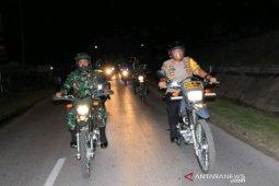 TNI Polri patroli cipta kondisi kamtibmas Taput jelang pelantikan Presiden-Wapres