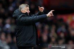 Hasil Liga Inggris: Solskjaer puji kepemimpinan wasit saat MU imbangi Liverpool