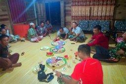 Prajurit TNI TMMD Kodim 03145/Inhil Bangga Tinggal Di Rumah Warga