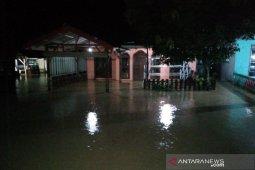 Ratusan rumah terdampak banjir di Madina