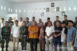 Siap kalah dan menang, 19 calon kepala desa di Angkola Barat teken