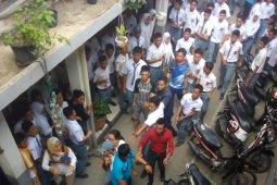 Tawuran pelajar di SMAN 8 Medan, Polisi amankan 45 pelajar