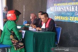 Pelanggar lalu lintas di Banda Aceh disidang di tempat