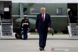 Diplomat AS beritahu panel pemakzulan ia didesak mencuit mendukung Trump