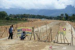 Warga blokir jalan tol di Aceh Besar