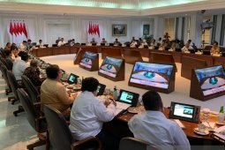 Presiden Jokowi : menteri belajar dari AS sebelum terbitkan peraturan