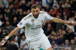Karim Benzema ingin bela timnas negara lain
