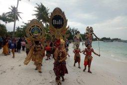 """Di Belitung, seniman Bali disambut antusias pengunjung """"Festival Kelayang 2 Belitung"""""""
