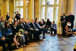Dubes menlantik Konsul Kehormatan RI Pertama di Polandia