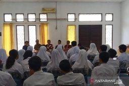 KPU Singkawang sosialisasikan pendidikan pemilih kepada guru