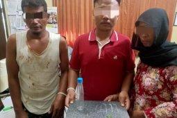 Jual sabu-sabu, ibu dan anak ditangkap polisi